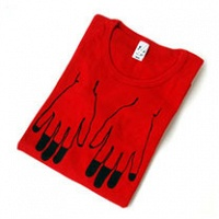 Mia Enell: Dipped fingertips (t-shirt)