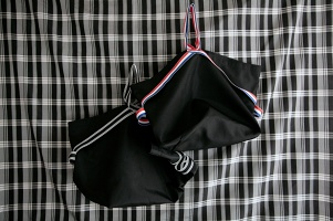 Jules Francisco: Sport hand bag